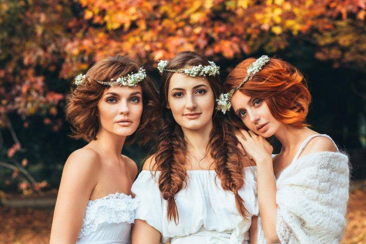 Hairstyle options for an autumn wedding