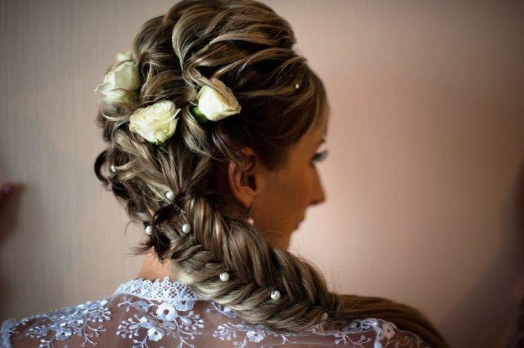 Too bright wedding hairstyle
