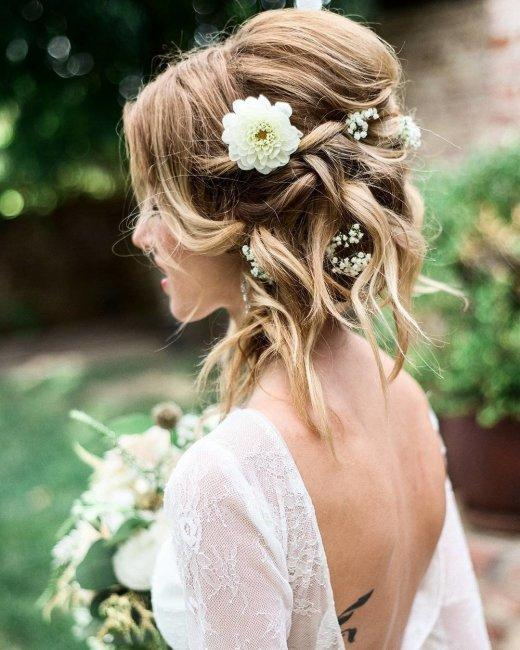 Short hair adorned with flowers