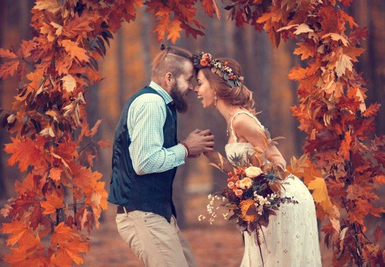 """The image of the bride for an autumn wedding: top 10 """"fresh"""" ideas"""